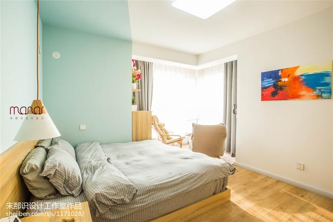 极简北欧风卧室装修