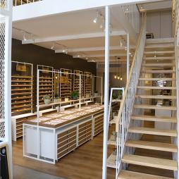 眼镜店楼梯设计
