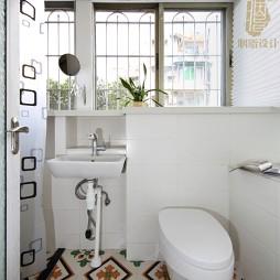 北欧风小卫浴设计