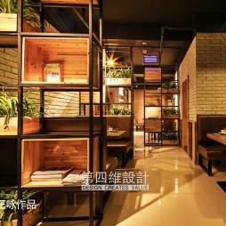 工业风主题餐厅过道设计