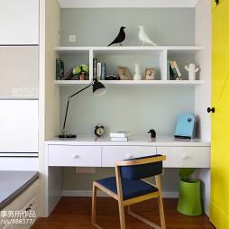 简洁北欧风格小书房设计