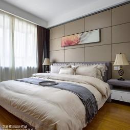 小资现代风格卧室布置