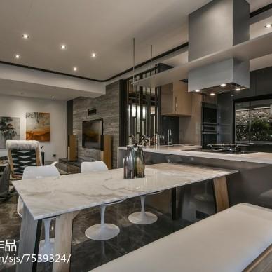 现代风格开放式厨房效果图欣赏
