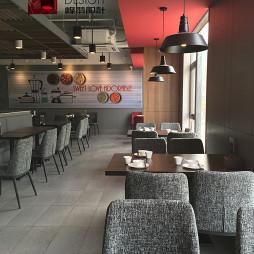 香恋柠萌餐厅过道设计