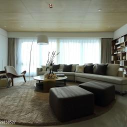 现代风格大气客厅设计案例