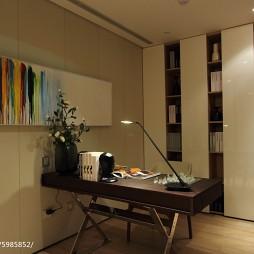 现代风格二居室书房设计