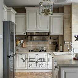 美式风格三居室厨房装饰图