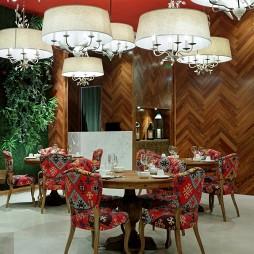 芳满庭餐厅座位设计