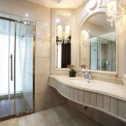 精美欧式别墅卫浴镜子设计