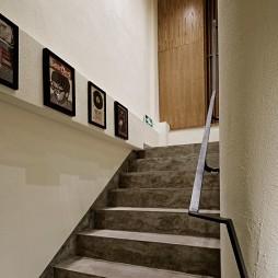 本挚眼镜工作室楼梯装修