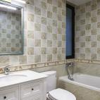 美式四居室卫浴装修图片