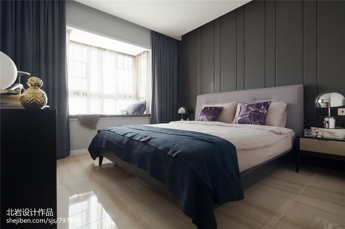 深色系现代风格卧室装修