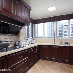 美式风格实木厨房设计