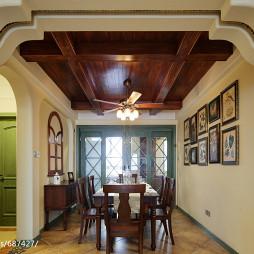 美式乡村风格客厅吊顶设计