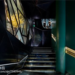 时尚造型店楼梯设计