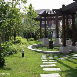 别墅美式花园装修案例
