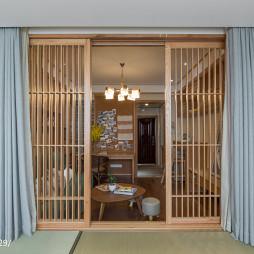 日式原木隔断设计
