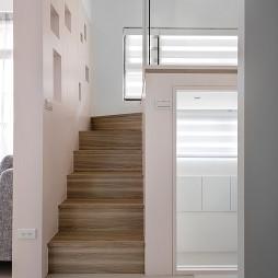 现代风格小户型楼梯装修