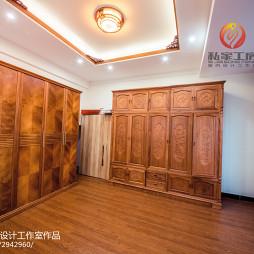 中式风格木质衣帽间设计