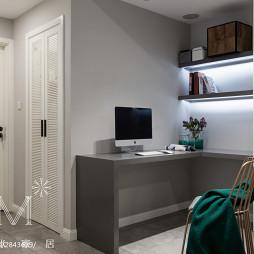 白色现代风格小书房装修