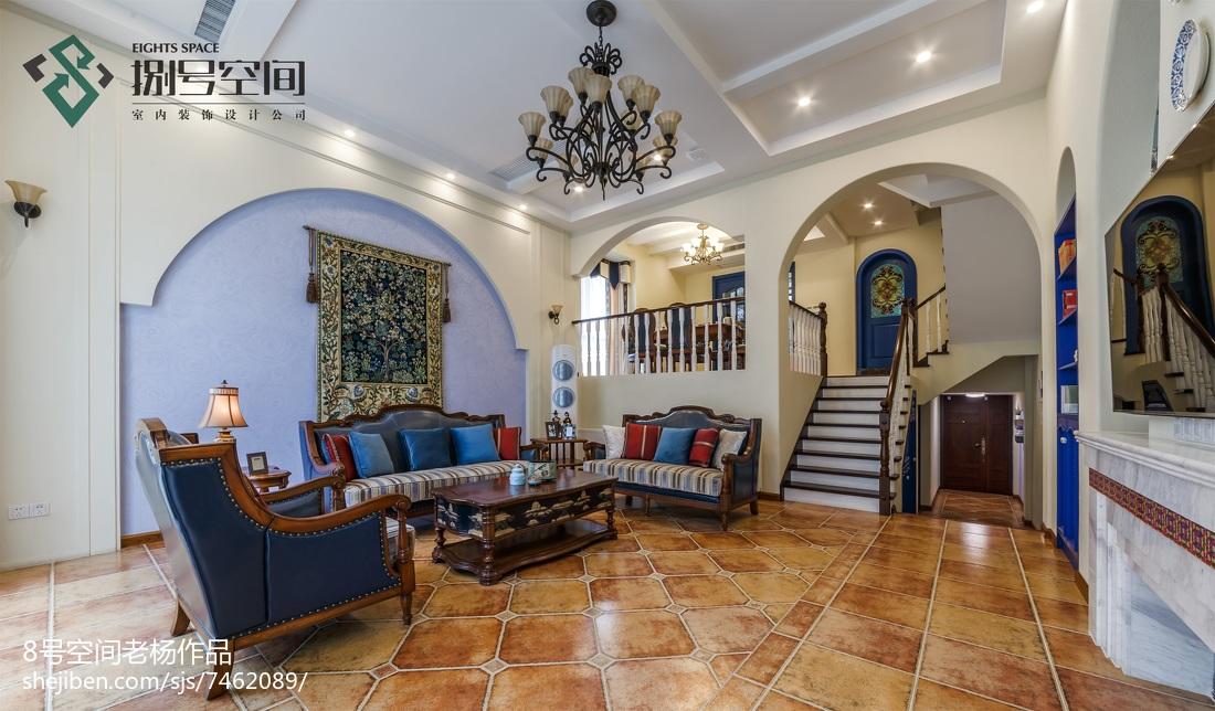 地中海风格复式客厅效果图