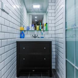 北欧三居室卫浴设计