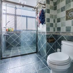 干净美式卫浴设计