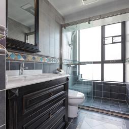 美式四居室卫浴图