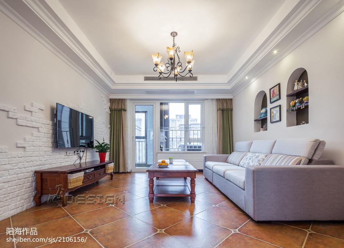 田园风格宽敞客厅设计