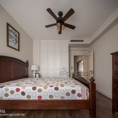 素净美式卧室装修效果图