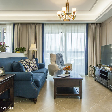 蓝色美式格调客厅设计