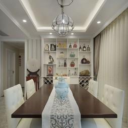 白色欧式别墅餐厅装修
