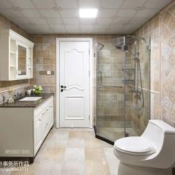 宽敞美式卫浴装修