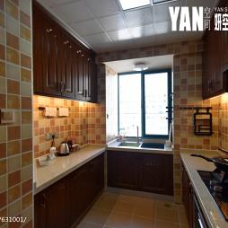 美式风格厨房马赛克瓷砖图片