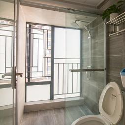 北欧风格小户型卫浴装修