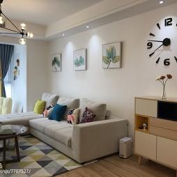 北欧风格客厅沙发背景墙装修