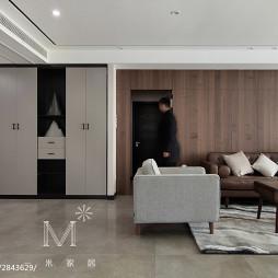 现代风格客厅隐形门装修