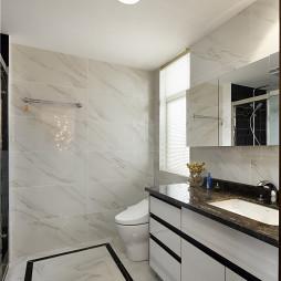 简单现代风格卫浴