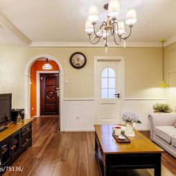 混搭风格客厅布艺沙发设计