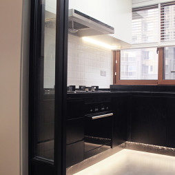 现代风格厨房推拉门装修