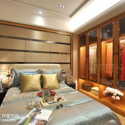 样板房现代风格卧室衣柜装修