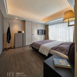混搭风格木地板卧室设计