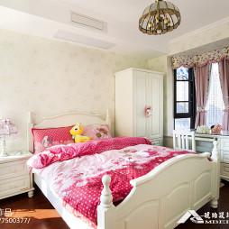 浪漫粉色系美式儿童房设计