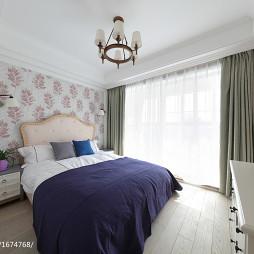 温馨美式复式卧室装修