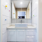 简约风格卫浴镜柜设计