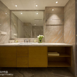 现代风格复式卫浴柜设计