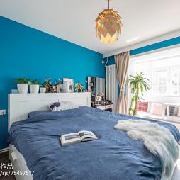 蓝色卧室背景墙