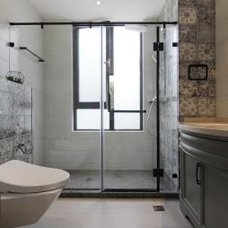 衛浴玻璃淋浴房