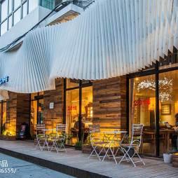 甘蓝咖啡店室外桌椅