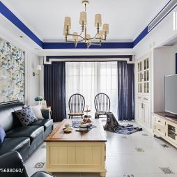 蓝白美式客厅装饰